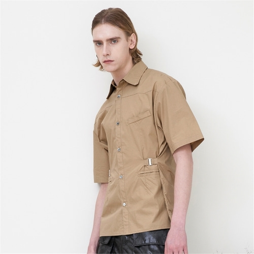 [루오니어] WAIST EPAULET HALF SHIRTS (BROWN)