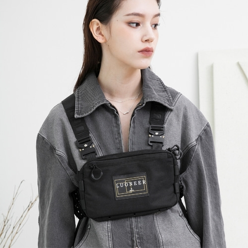 [루오니어] HARNESS BUKLE BAG (BLACK)