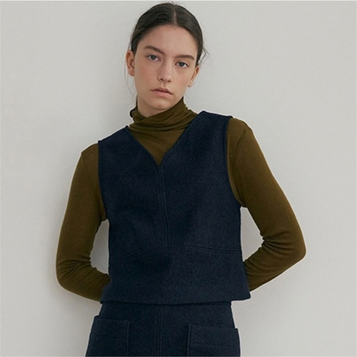 [블랭크03] wool cropped vest_navy