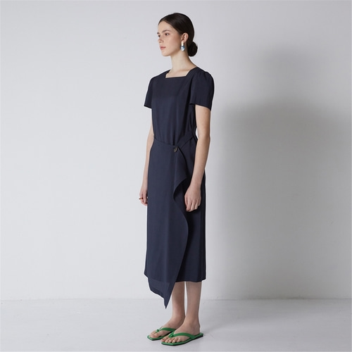 [비먼] square neck wrap dress_navy