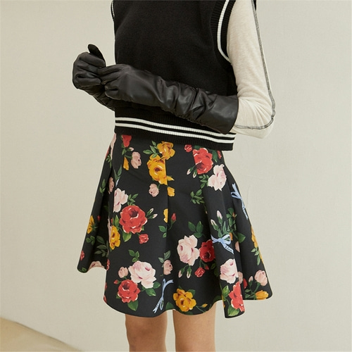 [블랭크] FLOWER FLARED SKIRT